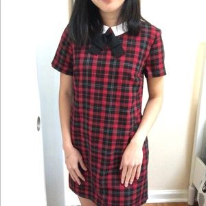 Checkered colar dress with pockets